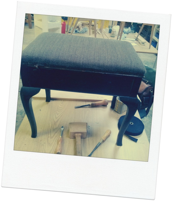pianostool2b